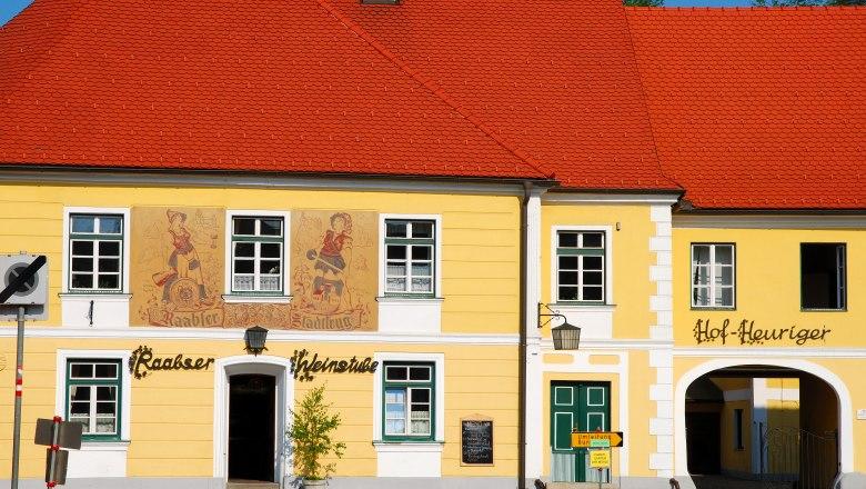 Thayarunde-Gasthaus Stadtkrug – mit Hofheuriger