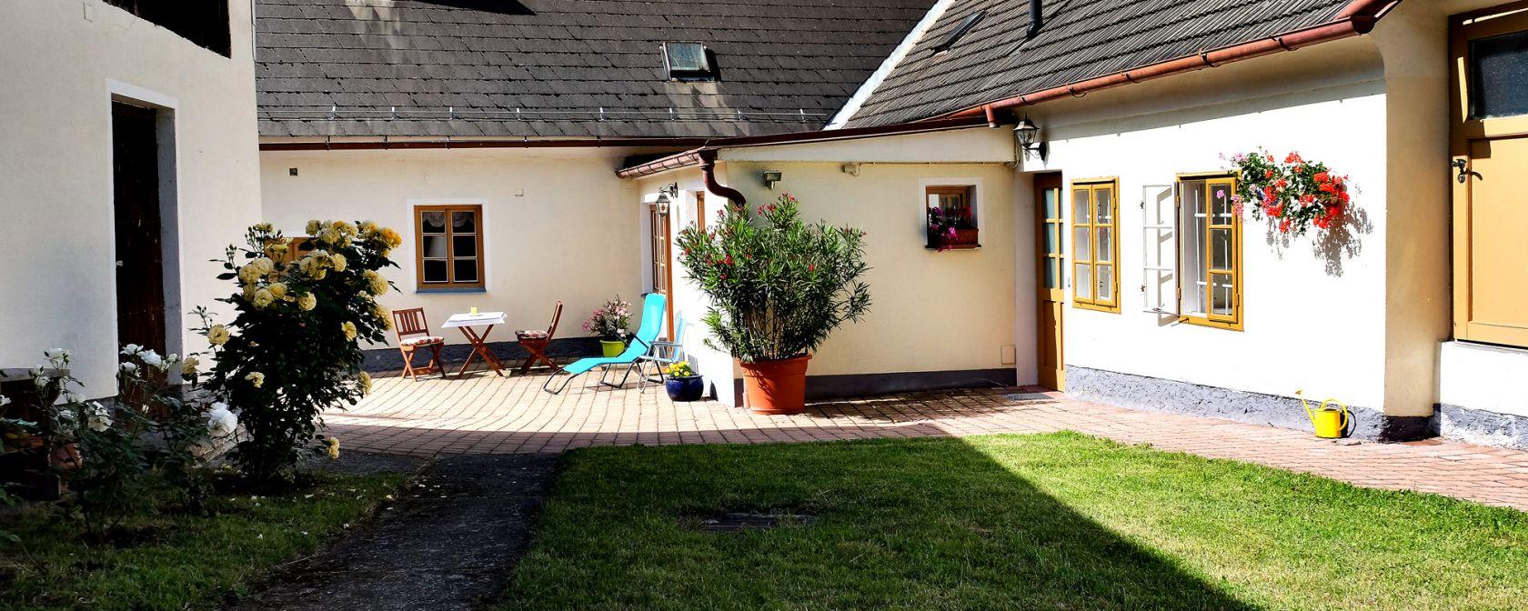Thayarunde-Ferienhaus Thayahof – Christa und Josef Temper