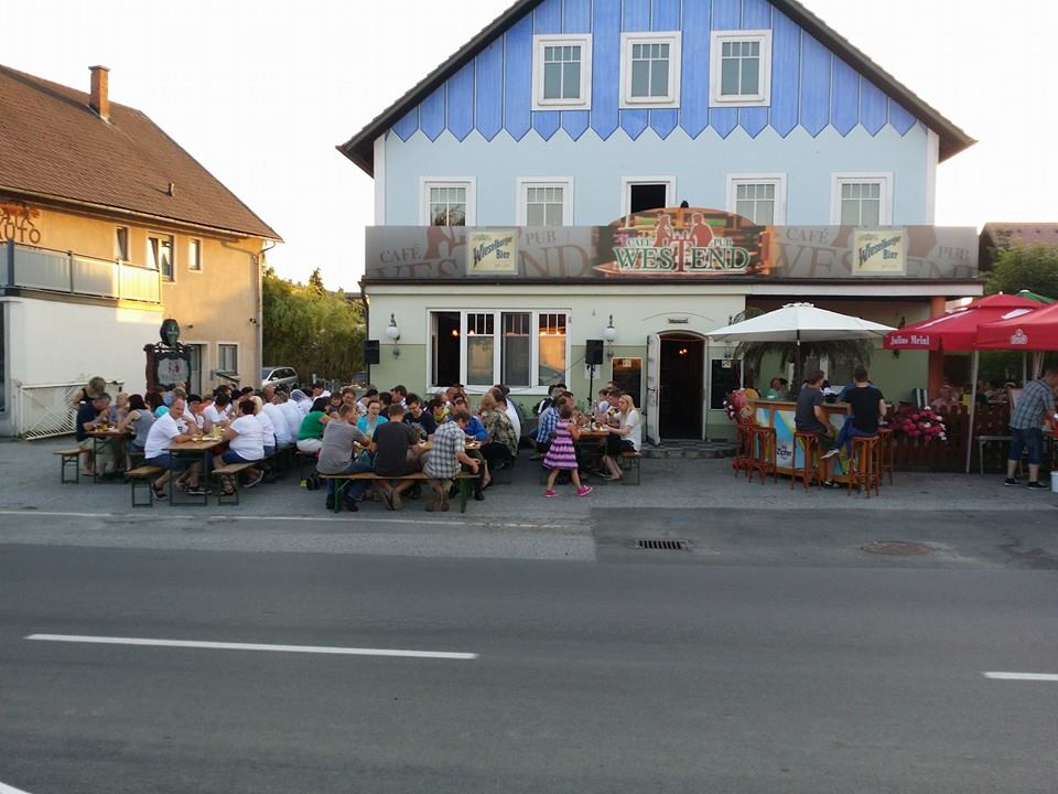 Thayarunde-Cafe – Pub Westend – Thomas Schrenk