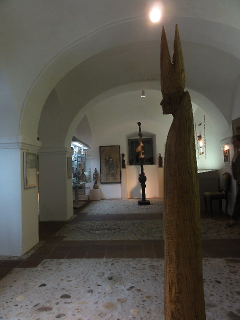 "Thayarunde-""Museum Humanum,,"