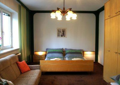 Thayarunde-Apartment Wurth-2